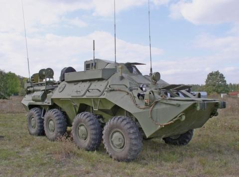 Вновь сформированную мотострелковую бригаду ЦВО оснастили новыми бронемашинами связи Р-149МА1