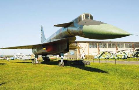 Убийца авианосцев: Трагическая история «сотки» Т-4