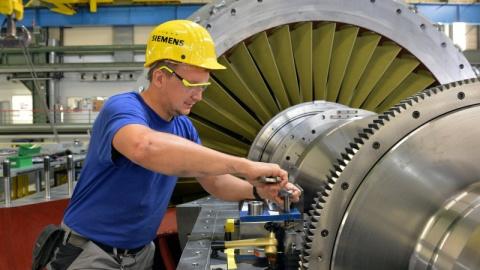 Нет причин кричать караул: в Совфеде объяснили, как Россия справится без Siemens