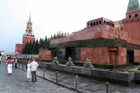 РПЦЗ призвала вынести Ленина…