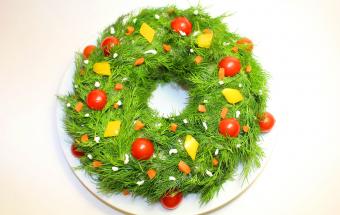 """Новогодний салат """"Рождествен…"""