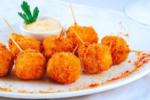 Изумительные сырные шарики