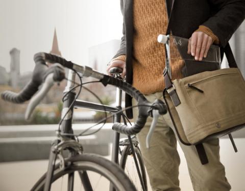 Мemobottle - новая плоская бутылка для самой элегантной сумочки