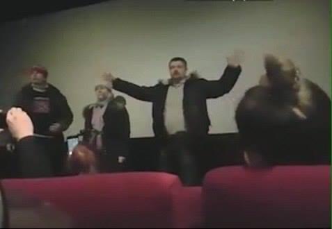 Сорвавшим в Москве показ фильма, воспевающего «Айдар», дали 7 суток ареста