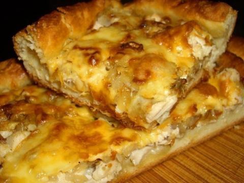 Луковый пирог с курицей