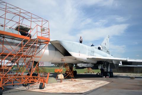 Новая жизнь евростратега. Казанский авиазавод начал модернизацию сверхзвуковых дальних бомбардировщиков Ту-22М3
