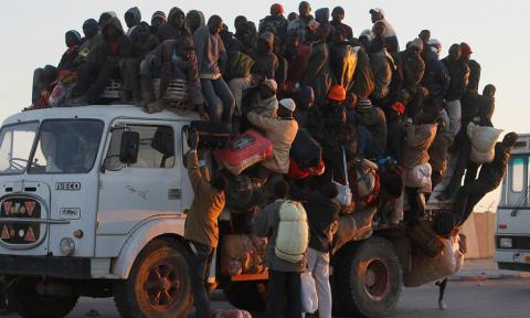 Вот это поворот: Канада стонет из-за массового потока беженцев из США