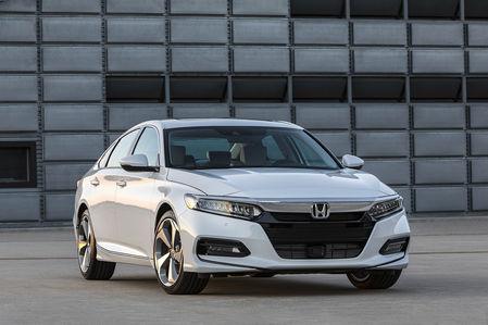 Honda показала конкурента Тойоты Камри. Появится ли он у нас?
