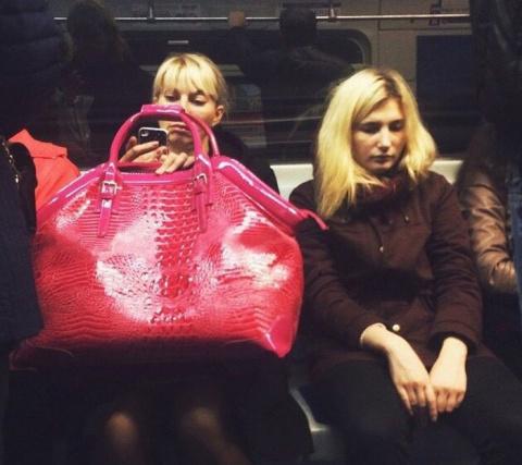 Необычные пассажиры в метро Санкт-Петербурга