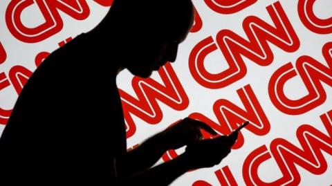 Вы одобряете принятый закон о признании зарубежных СМИ иноагентами?