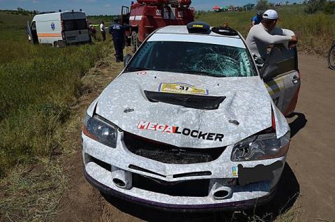 Во время ралли автомобиль насмерть сбил зрителя