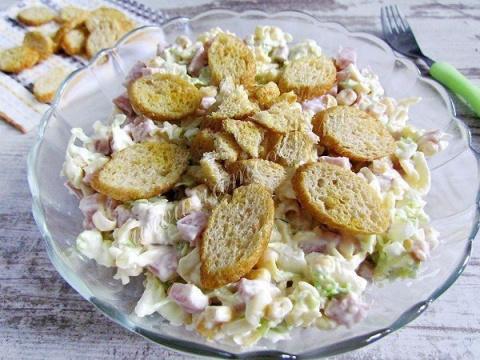 Салат из пекинской капусты с…