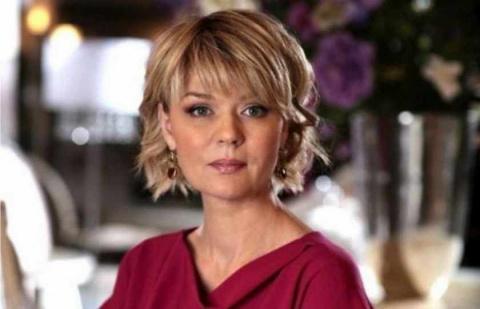 «Хамка!» Поклонники возмущены поведением Юлии Меньшовой на Первом канале. Просят её выгнать!