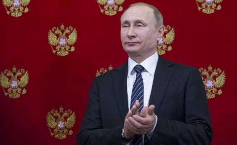 Наша демократия рушится — а Путин посмеивается. The Hill, США