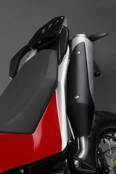 Husqvarna Concept Strada представлен в Париже!