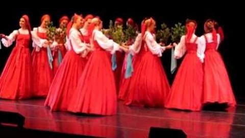 Танец «Beriozka»: как русские делают это?