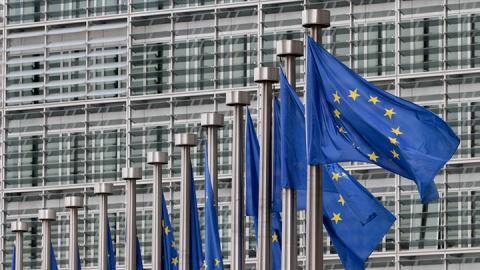 Польская журналистка начала получать угрозы после неудобного вопроса к Еврокомиссии