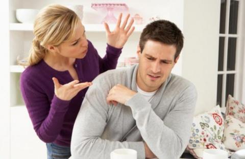 Жена говорит мужу, что их ре…