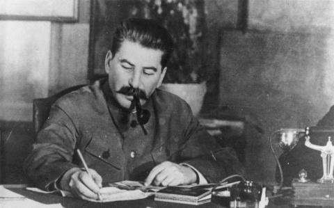 Зарубежные историки реабилитировали Сталина