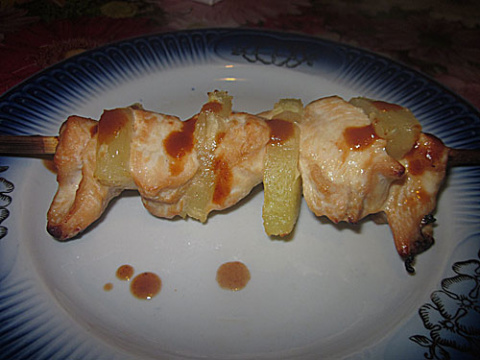 Шашлычок куриный да с ананасами