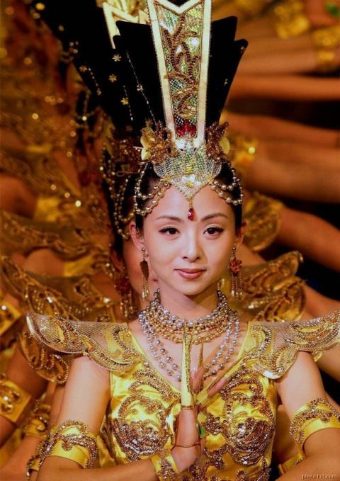 Танец сострадания: Тысяча рук Гуань Инь