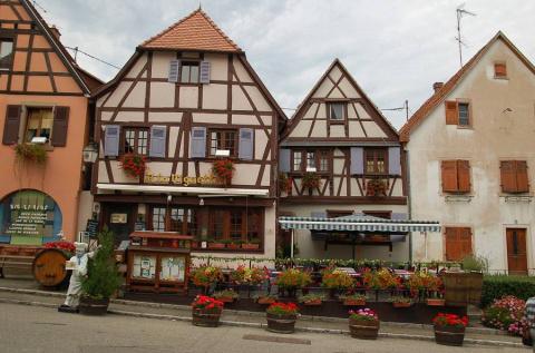 Живописный Dambach-la-Ville (Эльзас,Франция)