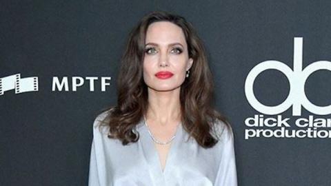 Образ дня: Анджелина Джоли в…