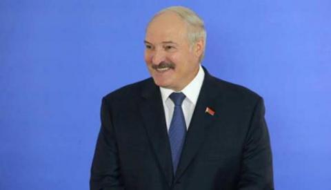 Бортник: Лукашенко умно использует Украину