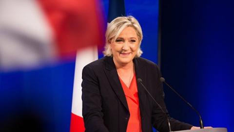 СМИ узнали секретный план французских властей на случай победы Ле Пен