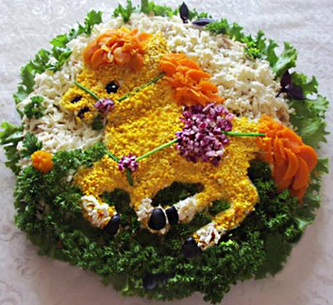 Украшение блюд на Новый год Лошади.