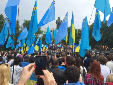 Крымские татары опять увидел…