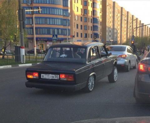 Автомобильные приколы. (29 фото)