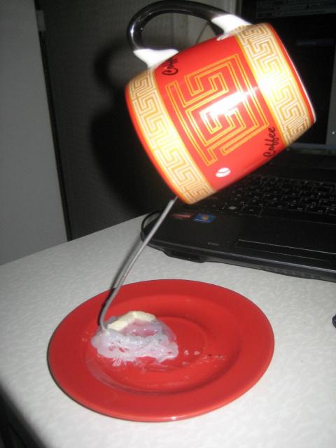 Летящая чашка — ночничок!