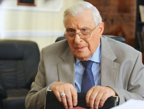 Олегу Басилашвили «стало сты…