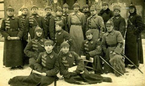 Каким оружием воевала Красная Армия в первый год своего существования