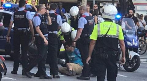 Задержаны трое подозреваемых в причастности к терактам в Испании