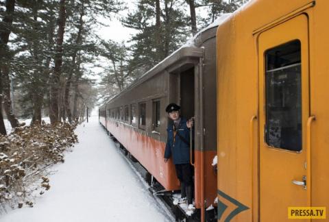 Старинный поезд в Японии