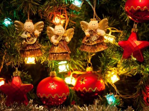 Магические украшения на елку…