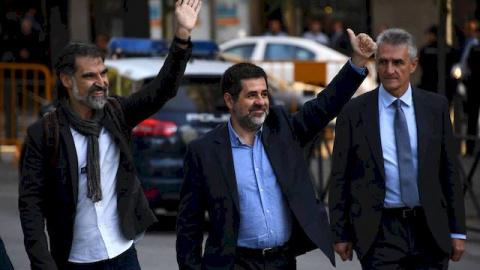 Испанский суд арестовал двух…