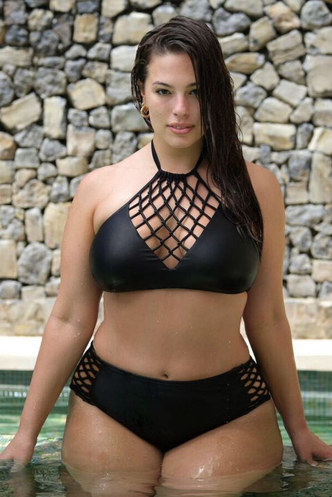 Эшли Грэхем plus-size и бикини не по размеру