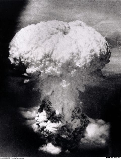 "Победу над Японией одержала не бомба, а Сталин (""Foreign Policy"", США)"