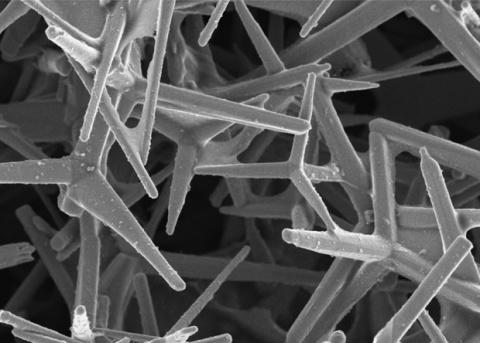 Нанотрубки увеличили прочность композита в десятки раз