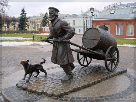 Памятники и скульптуры, посвященные авто