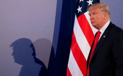 Трампу впору пощады просить