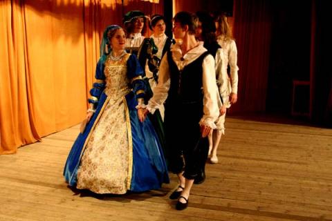 Красота танцев эпохи барокко…
