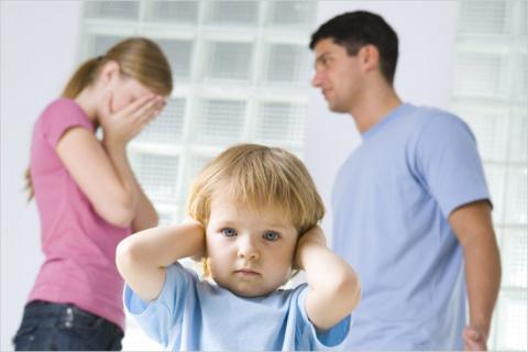 Оставить ребенка отцу может …