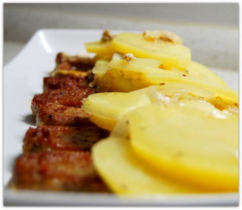 Картофель запечённый в кефире.