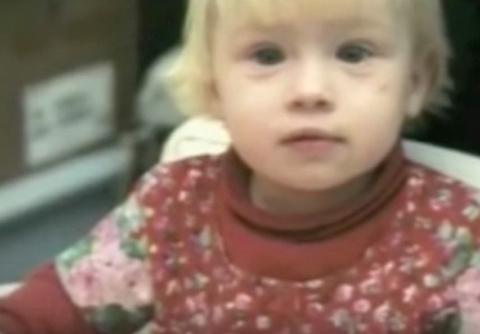 Мать бросила свою дочь в роддоме, а через 20 лет узнала, что она стала звездой...
