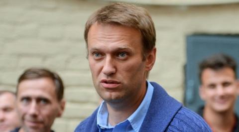 Оппозиционер Алексей Навальн…