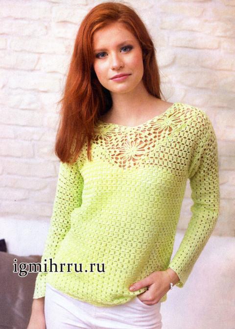Летний пуловер с кокеткой из квадратов